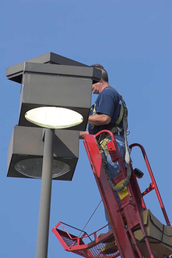 Light Pole Repair Services Arlington Va Washington DC and Maryland